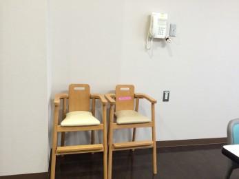 火葬場待合室2